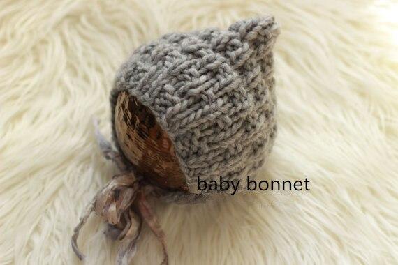 85beeabbd97 Nouveau-né bébé bonnet pour la photographie prop chapeau promotion moins  cher équipement de bébé