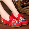 Europe National Wind Flat Shoes Embroidered Flowers soft bottom Single Shoe casual Vintage Zapatos Mujer Handmade Shoes