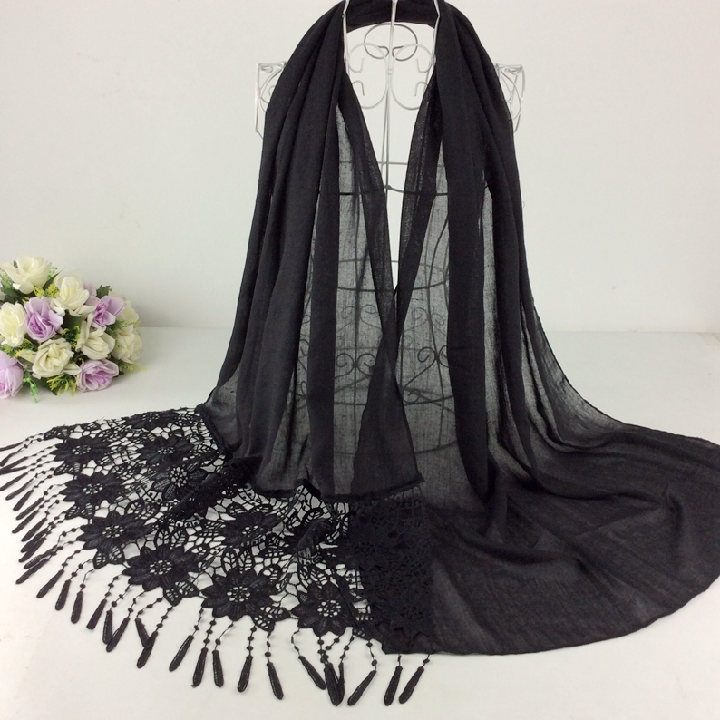 Plain Cotton   Scarf   Single End With Lace Floral Tassels   Scarves   Muslim Hijab Women   Scarves     Wrap   2017 Fashion Shawls And   Scarves