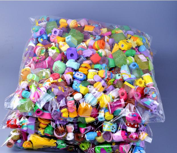Wenhsin 100Pcs/lot Many Styles Shop Action Figures for Family Fruit Kins Shopping Dolls Kids Christmas Gift Playing Toys