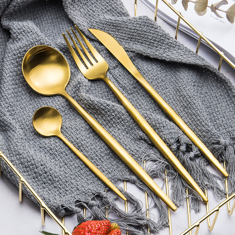 304 stainless steel cutlery set spoon and fork Western tableware hotel Western steak cutlery travel dinner set silverware in Dinnerware Sets from Home Garden