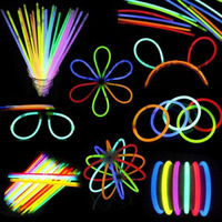 100 Pcs/ensemble Bâtons lumineux Bracelet Colliers Néon Parti Lumières Prime Party Favors E2S