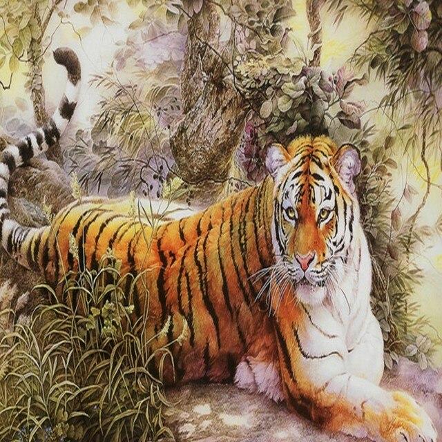 d69c68a1b73b3 Papel pintado 3D de alta definición feroz Tigre del bosque Fondo wallpaper  niños Sala balcón decoración
