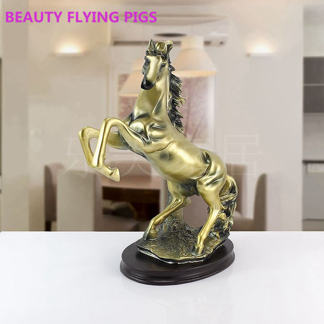 Beauty Flying Pigs Fashion Home Decoration Living Room Wine Cabinet Horse Resin Craft Sculpture Prayer Statue
