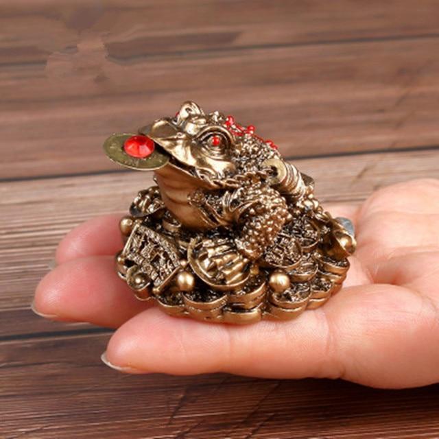 Feng Shui ropucha pieniądze przynoszące szczęście bogactwo chińska złota żaba ropucha moneta dekoracja biurowa ozdoby stołowe szczęście YLM9769