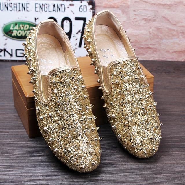 77964b7631e8d Shinny Crsytal Rivets Flats Men Loafers Wedding Shoes Stud Slip on British  Style Man Dress Shoes Gold Black Casual Men Shoes