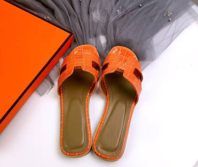 99049939f Summer black or white H ladies sandals ladies luxury designer sandals real  cowhide shoes flat shoes women slippers
