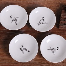 цена на GUCI 4PIECES sets of creative tableware cakes snacks small plates seasoning plates ceramic dishes round salt  bone dishes bir