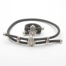 Anel e pulseira em cortiça natural com mão de fátima
