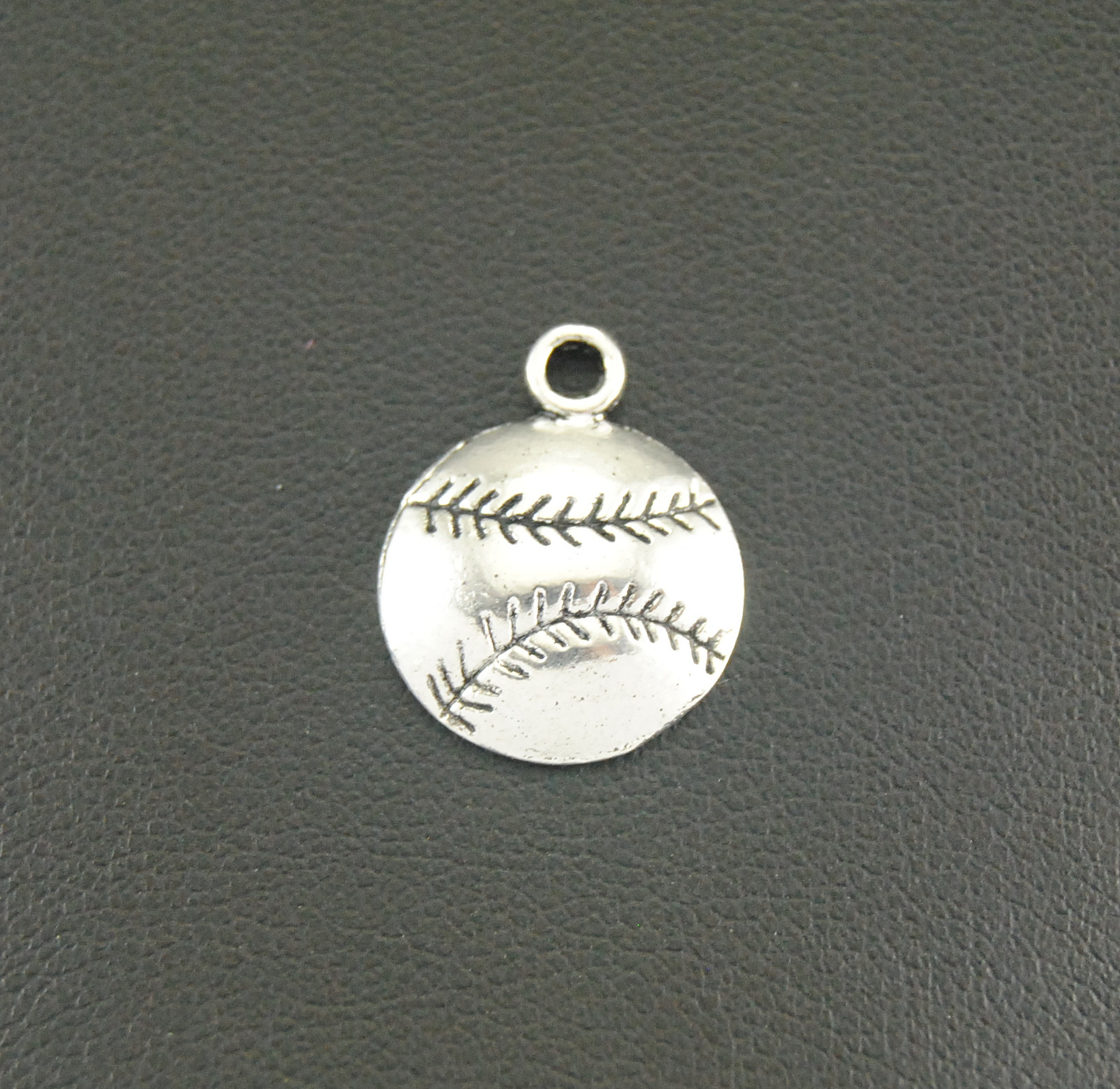 30pc Antique Silver Tone Baseball Softball Charms Metal Bracelet Necklace  Jewelry Findings A505(china (
