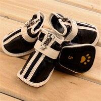 Pet Sapatos Cão Chuva Botas De Borracha Sapato Parágrafo Mascotas Cão meias Botas Antiderrapante Impermeável Sapatos Ao Ar Livre Animais de Estimação Suprimentos QQ858