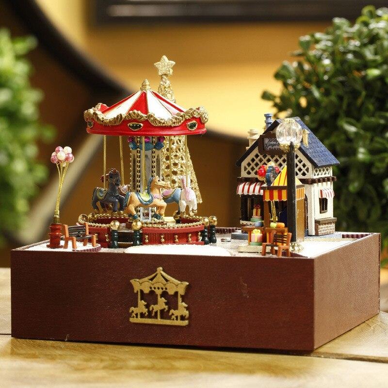 Bonito Famílias Casa Feliz Trojan Jardim DIY Artesanal Artesanato Modelo para Crianças Caçoa o Presente Dos Namorados Brinquedos Juguetes