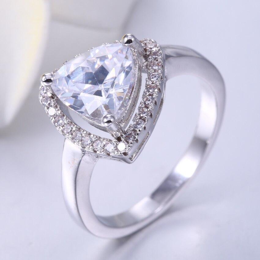 05d8cd748 زهي مروحة فريد الأزياء مثلث شكل مجوهرات خواتم للنساء الأبيض AAA زركون 3  مخلب للإناث الخطوبة الزفاف حلقة