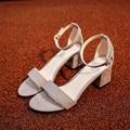 Ltarta Mulheres Verão Sandálias Flip Flops Sandálias das Mulheres Do Dedo Do Pé Aberto Calcanhar Grosso Sapatas Das Mulheres Coreano Estilo Gladiador Sapatos. HS-977
