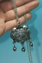 Free delivery of old Tibet Silver Pendant Pendant цена