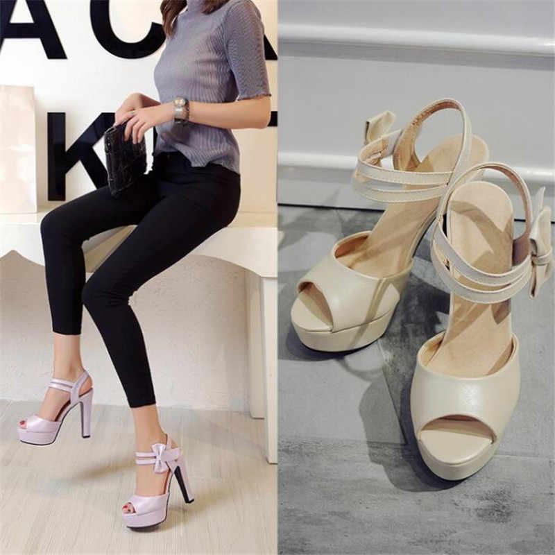 Sandalet kadın yaz 2020 yeni yüksek topuklu balık ağzı ayakkabı yay seksi kaba ile su geçirmez platform roma kadın ayakkabısı