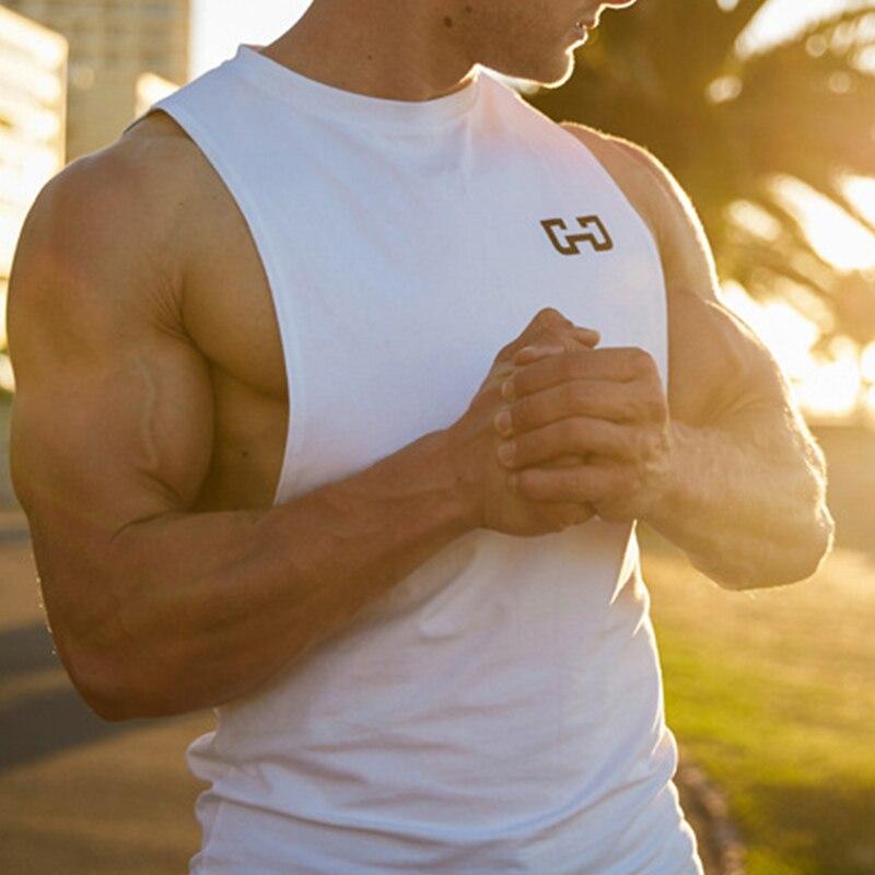 2018 Neue Mode Turnhallen Kleidung Ärmelloses Shirt Muscle Workout Singuletts Männer Fitness Bodybuilding Tank Tops