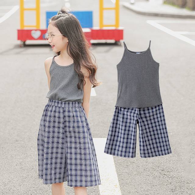 1877115b3f8ae Girls Summer Clothes Set 2pcs Suit 2019 Casual Tank Tops + Plaid Cropped  Trousers Wide Leg Shorts Pants Teen Kids Clothing Sets