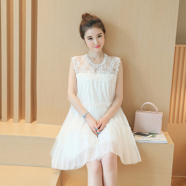 5fd73b0af81 Maternity dress 2019 fashion summer new Korean O-neck version of the yarn  splicing lace pregnant women dresses Pregnancy clothes