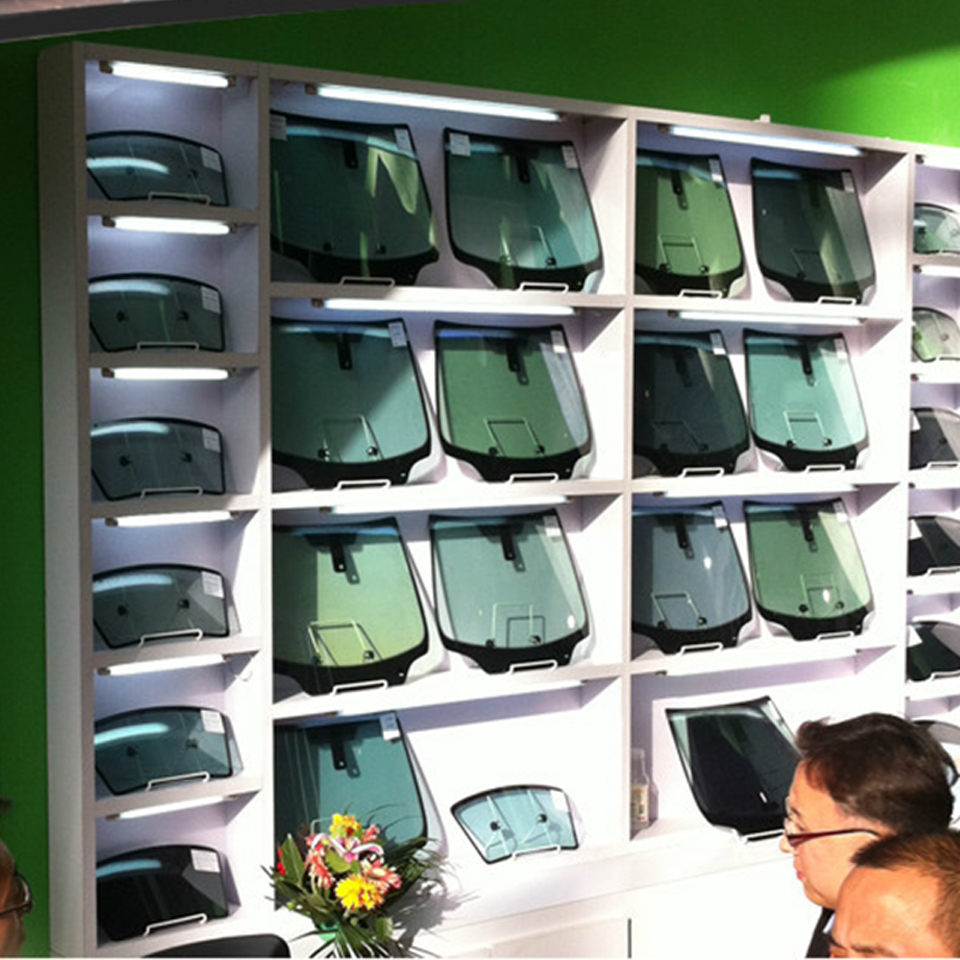 Image 4 - Модель дисплея солнечной пленки 31,5*17,5 см ветровое стекло стеклянная модель для оконной фольги Demo MO B2-in Наклейки на автомобиль from Автомобили и мотоциклы