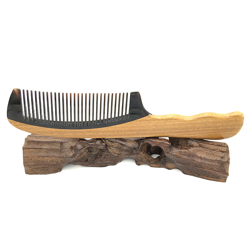 Wooden Hair Care Styling Real Buffalo Horn and Green Sandalwood Comb Haarpflege Der kamm with Free Velvet Pouch L-734 500g natural organic moringa leaf pow der green pow der 80 mesh free shipping