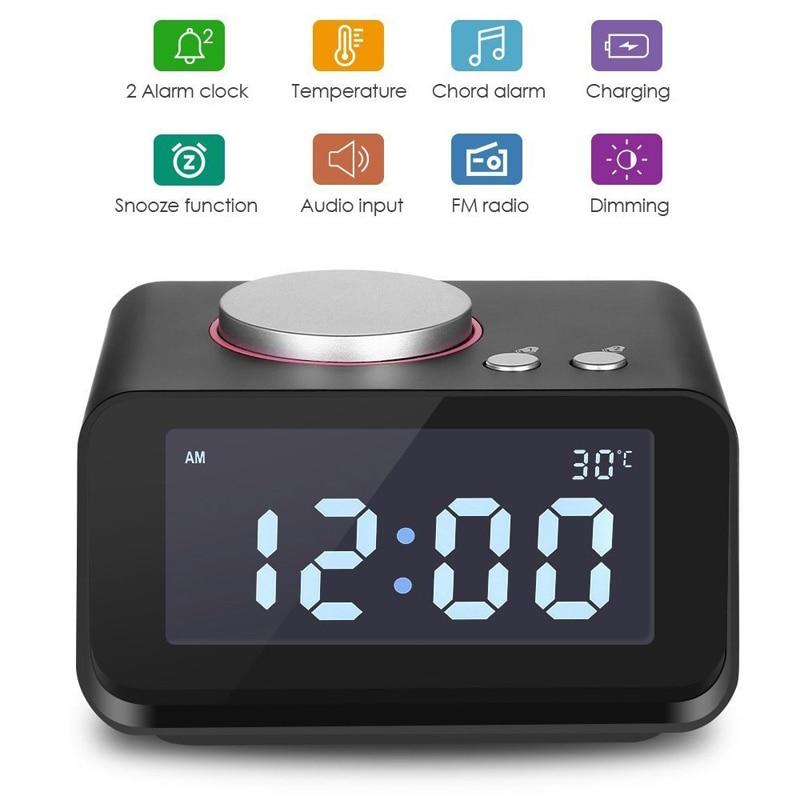 EAAGD Digital Alarm Clock Radio FM Alarm Clock Forte per le Traversine Pesanti con Doppio Allarme, AUX-in e Dual Porte USB di Ricarica