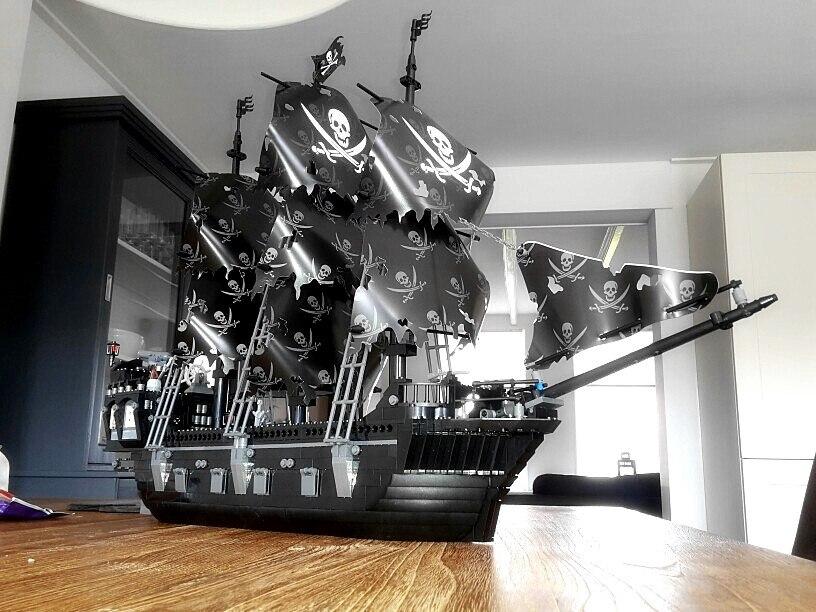 Kazi KY87010 Black Pearl Legooed 1184pcs Building Block Pirates Of The Caribbean Ship Assembling Toys Pirate