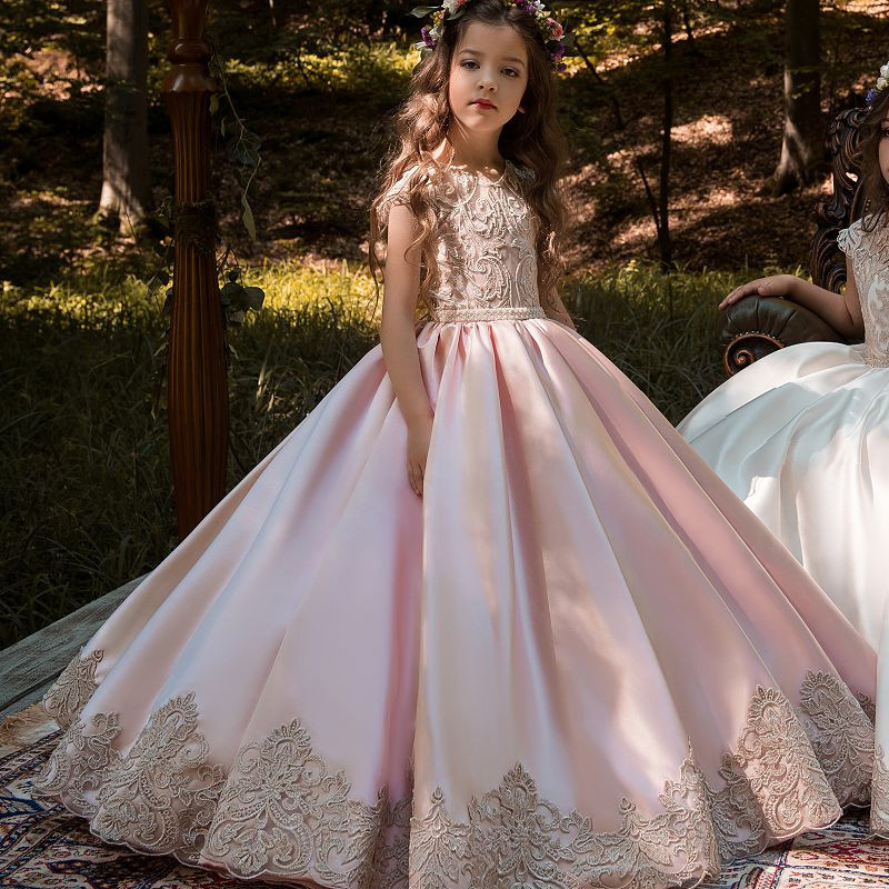 New Flower Girls Dresses High Quality Lace Appliques Beading Ball Gowns Beading Floor Length Pageant First