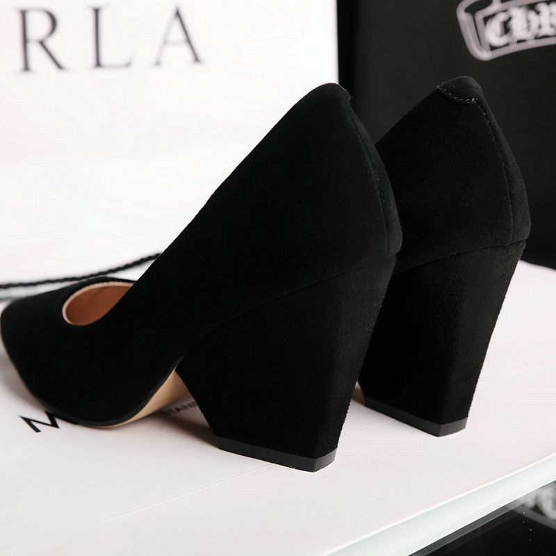 The New Comfort Square Heel Woman Suede Pumps Fashion Pointed Toe Dress Lazy Shoes Woman Black