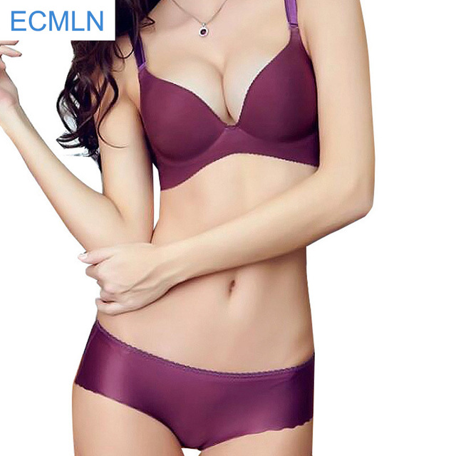 Sexy Deep V Chest A Little Girl Comfortable Seamless Bra Gather One Piece Type Text Thickness Models Adjustable Underwear Sets