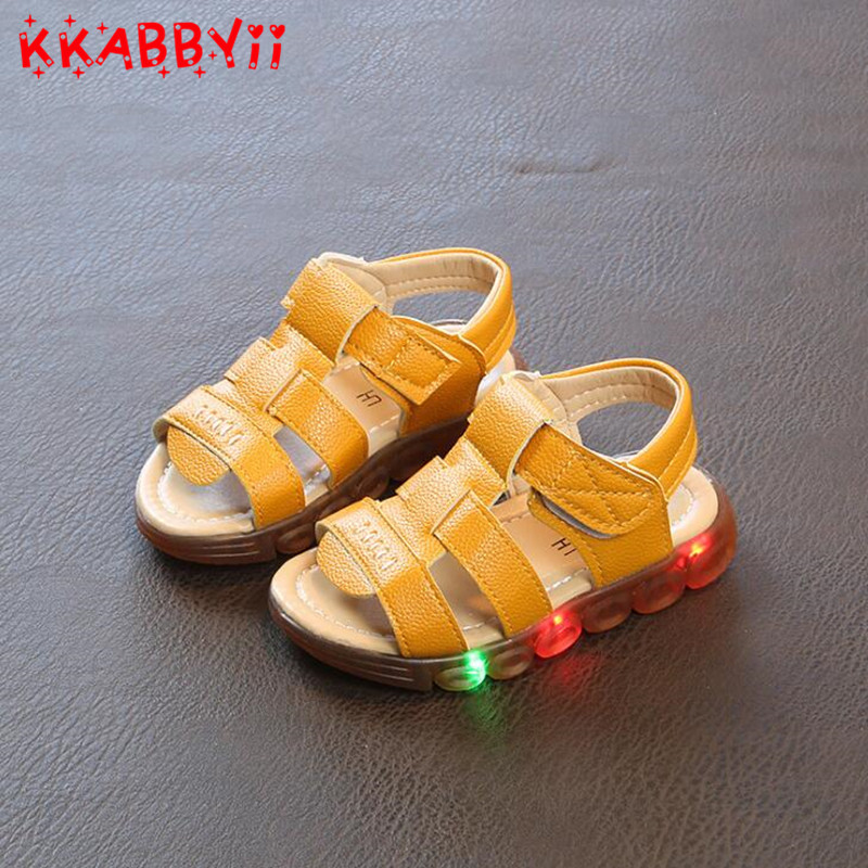 2018 New Brand Glowing Kids Sandals Shoes Fashion Boys Girls Flat Baby Led Luminous Lighting Sneakers Sandals