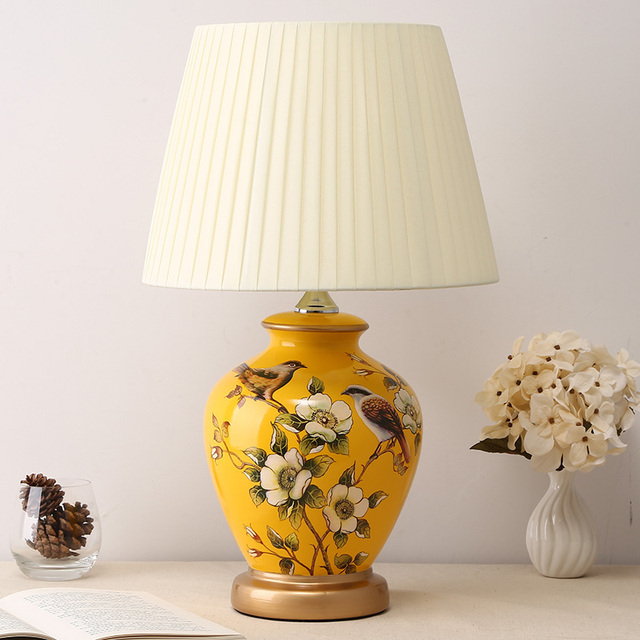 Chinese Style Table Lamp Ceramic Retro Desk Lamps Retro Bedroom