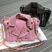 2016 Hot Sale Pocket Single Hasp Flap Of The New Summer Clothes Big European And American Personality Rivet Female Shoulder Bag
