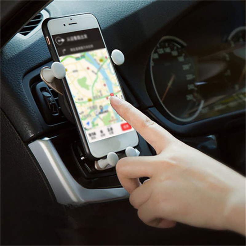 Universal Car Bracket Car Air Outlet Vent Mount Car Holder Stand Cute Smile Face Mobile Phone Bracket Gravity Clip for 4-6 inch cell phone