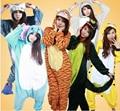 Горячая взрослый мужской фланелевую пижаму взрослых косплей мультфильм симпатичные животные Onesie Pyjama устанавливает пижамы пикачу / стежка / единорог / тигр