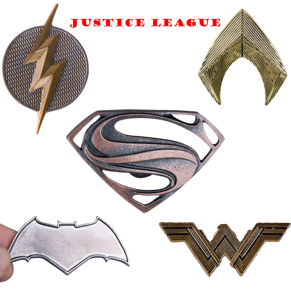 Justice League Badge Mortal Superhero Logo Badge Pins Brooches Metal Superman Wonder Woman Flash Batman Aquaman Cosplay