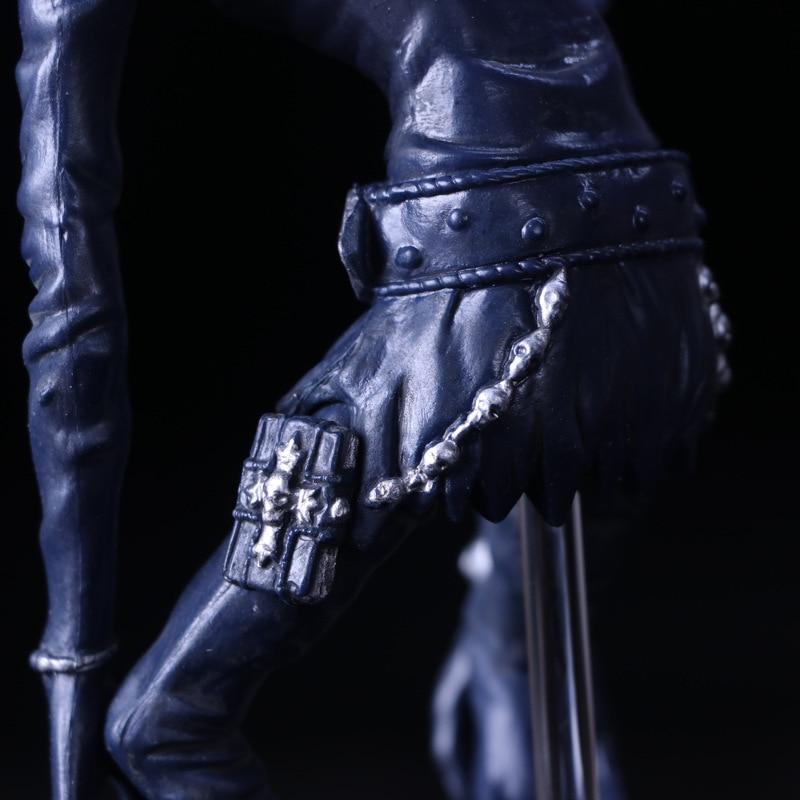 Ryuk Figure Butt