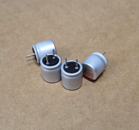 10 шт. 8*8 2,5 в 820 МКФ в мкФ новая материнская плата Видеокарта твердый конденсатор