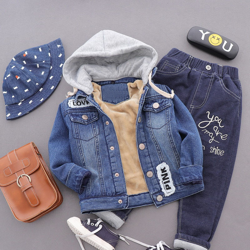 Baby boy denim winter kids Winter Hooded Coat children's Padded Jean coat Cotton Thick Outerwear plus velvet thickening Parkas men brand winter jacket mens windproof parkas coat warm thick 100% cotton velvet hooded windbreakers plus big size 4xl bb369