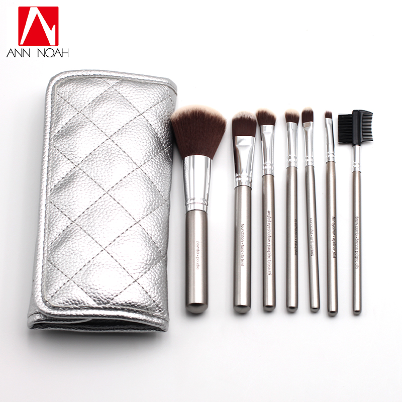 High Quality Silver Plated Wood Handle Anti Bacterial Synthetic Hair 7pcs Deluxe Bamboo Charcoal Makeup Brush