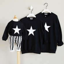 2017 Autumn Winter Girls Sweatshirt Kids Boy Christmas Family Matching Outfits Outerwear Mom Mother and Daughter Clothes Stars