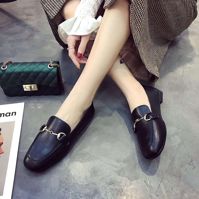 Women Shoes 2018 Hot Selling Metal Chain Woman Flats Shoes Fashion Round Toe Leather Lady Casual Shoes Slip on Female Shoes spring summer flock women flats shoes female round toe casual shoes lady slip on loafers shoes plus size 40 41 42 43 gh8