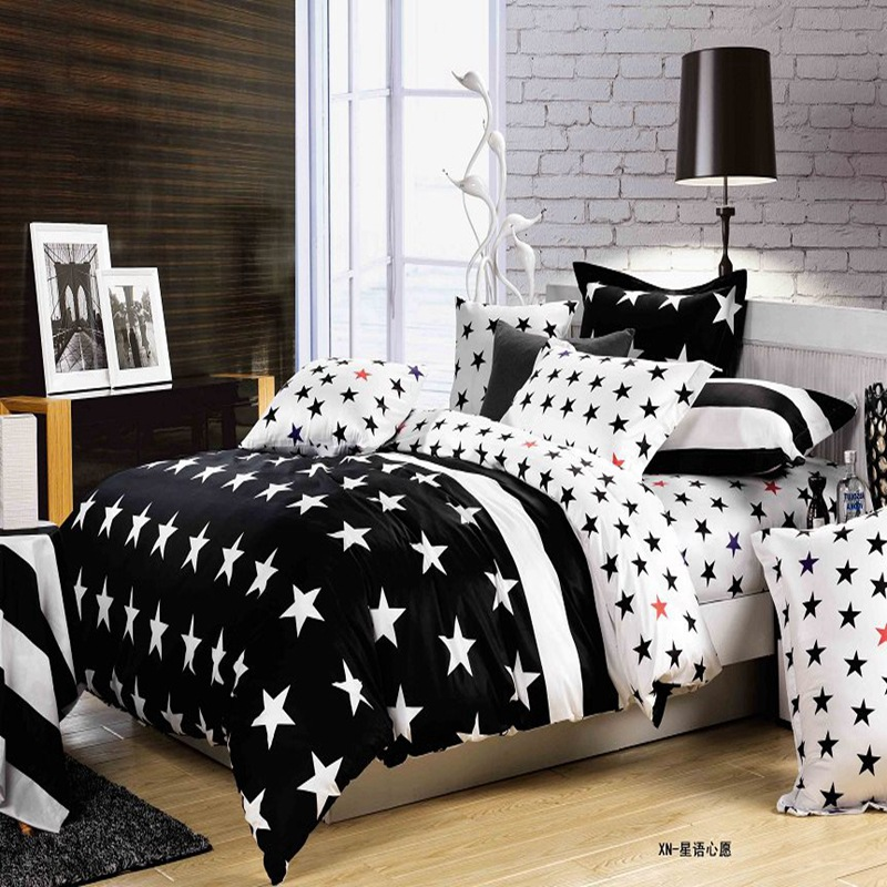 2016 Newest 4pcs Cartoon Black White Striped Bedding Sets King Size