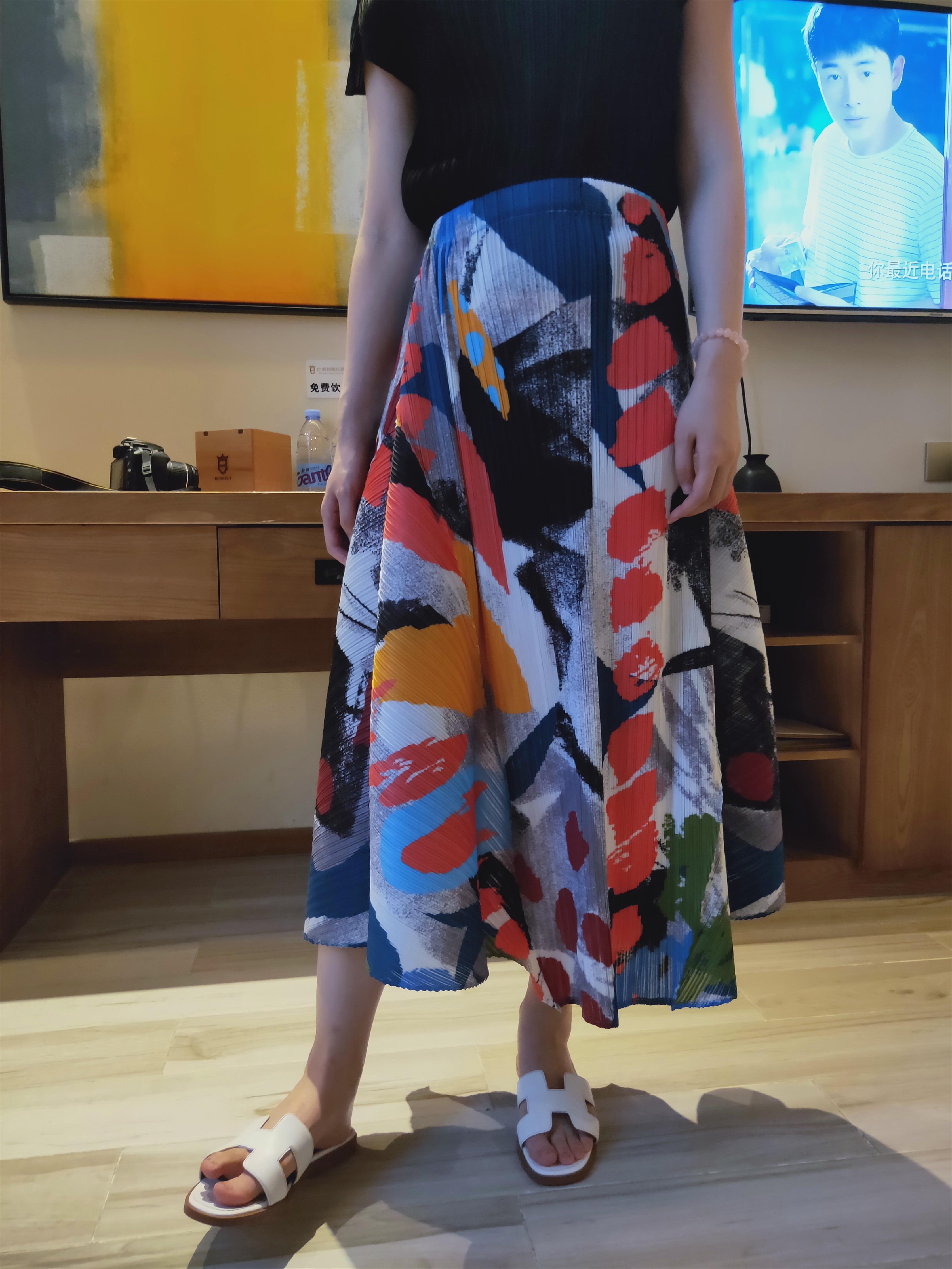 Раза граффити компьютер с принтом, большого размера, юбка средней длины для летом