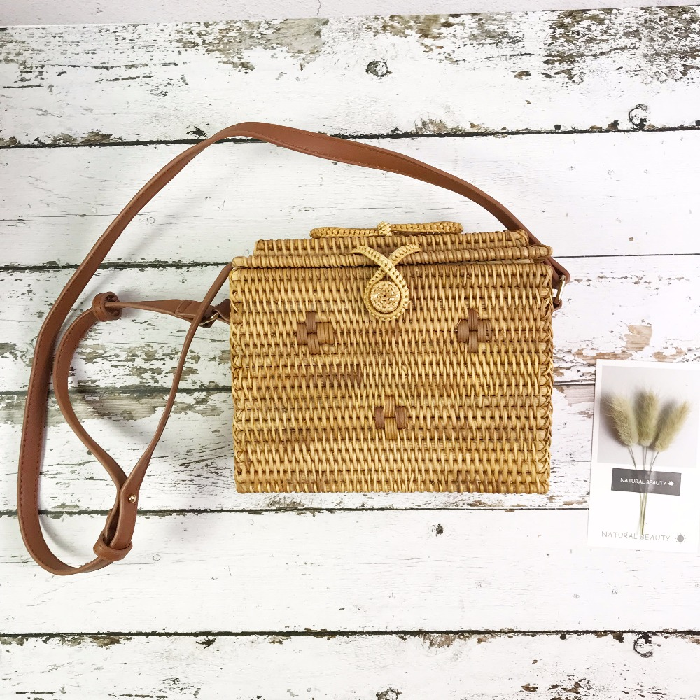 ZHIERNA Bali Indonesian women rattan bag hot straw bag national fashion wind woven bags petal oblique bag