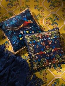 Image 5 - Divano di casa Decorativi Coperte e Plaid Cuscini Luce di lusso retrò golden chicken peluche cuscino del divano copertura copertura dello schienale letto federa