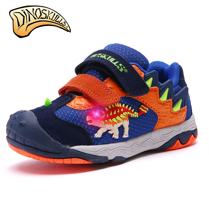 2017 New boy sports shoes LED sneakers Fashion children's shoes breathable casual 3D dinosaur anti-skid shoes size 27-34 kelme 2016 new children sport running shoes football boots synthetic leather broken nail kids skid wearable shoes breathable 49