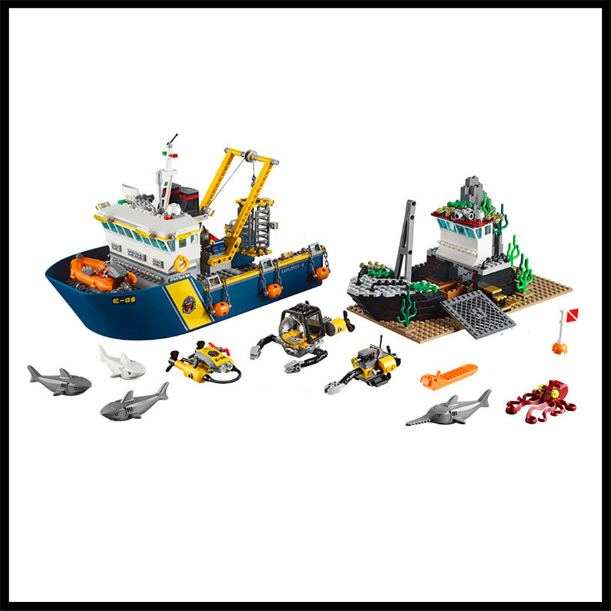 774Pcs Deepwater Exploration Vessel Model Building Block Toys Compatible Legoe LEPIN 02012 Figure Brinquedos Gift For Children sermoido 02012 774pcs city series deep sea exploration vessel children educational building blocks bricks toys model gift 60095