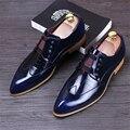Nueva punta de los hombres de moda casual zapatos planos estilo Británico retro tallado Bullock planos rojo azul zapatos de boda us9