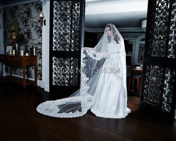 Gorgeous Long White Ivory Tulle/Net Applique Beaded Bridal Veils 300cm Length 300cm Width  Wedding Accessory Hot Selling Brides